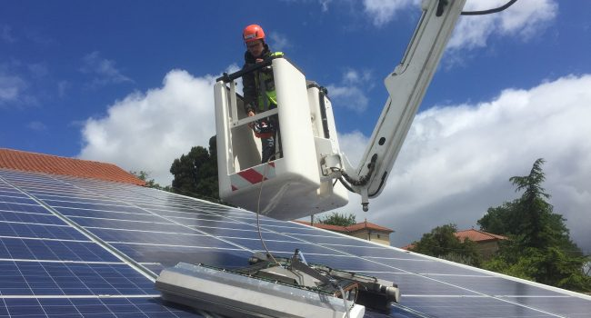Télépilotage du robot SOLARWASH depuis nacelle